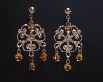 Ida - Traditional Norwegian Fancy Clover Filigree Solje Style Earrings with Golden Drops on Silver Plated Ball Posts