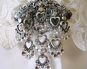 Victoria - Lovely Traditional Norwegian Solje Style Antique Silver Plated Bunad Brooch Pin with Silver Hearts and Silver Drops