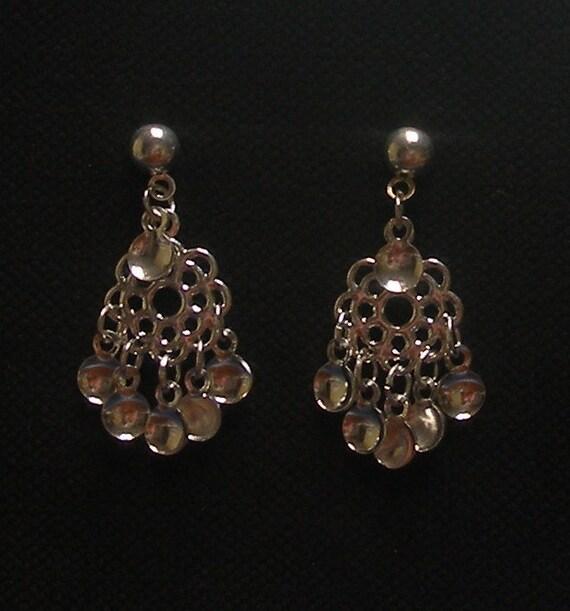 Emma - Lovely Traditional Norwegian Solje Style Filigree Flower Post Earrings with Silver Drops