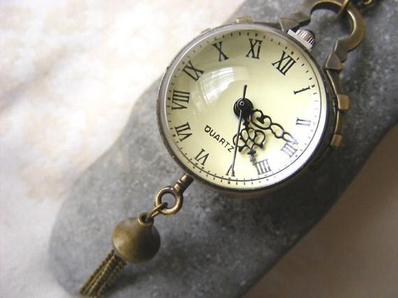 Cyber Monday, Black Friday sale Vintage style Filigree Bronze steampunk locket clock Clocket watch affordable necklace