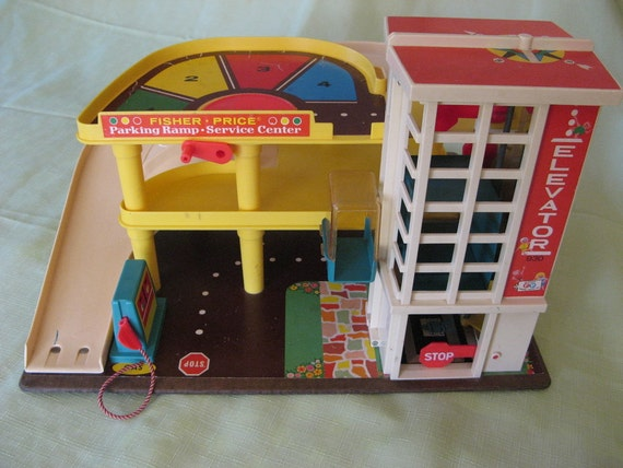 Vintage Fisher Price Garage Parking Ramp Cars, Little People