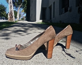 SALE - High Heeled Platform Loafers -Taupe Suede,Schoolgirl- patent leather bow fronts,rubber soles,wood heels - size 9.5