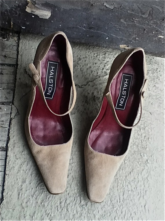 SALE -  Vintage HALSTON 1980s Stunning Creamy Beige Classic  Suede heels- pointed squared toe and ankle straps  - 6.5US