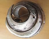 jonette jewelry co. silver tone brooch