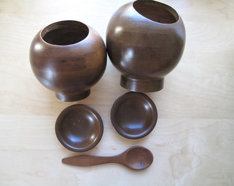 hellerware round wooden nut / snack bowls, trays and serving spoon