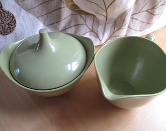 oneida deluxe olive green cream and sugar bowl set