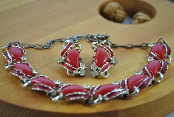 Red Beaded Necklace with Glass Stones and Matching Clip-on Earrings