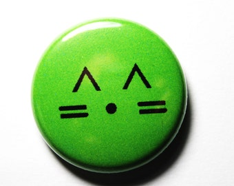 Cat, Green Button - PIN or MAGNET