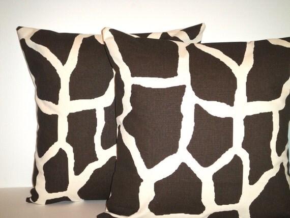 SET Of TWO -16x16 Designer Pillow In Giraffe Java