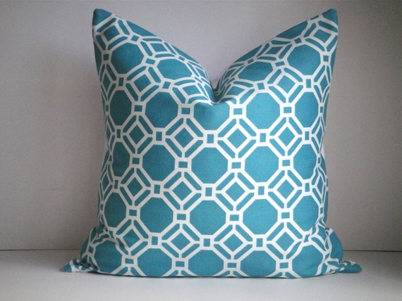 CLEARANCE - FREE US Shipping 18x18 Decorative Pillow Cover