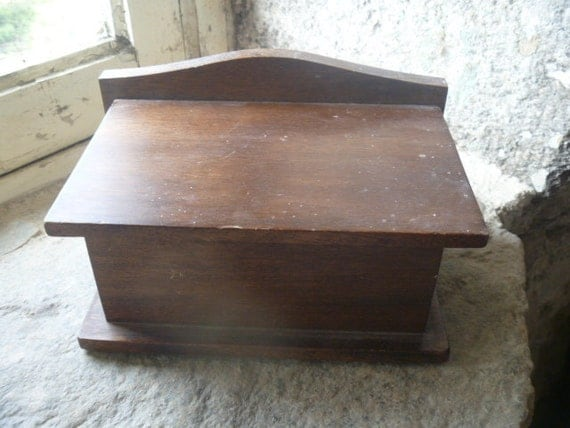 Wooden Box - Toilet Roll Holder - French