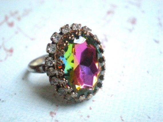 Rhinestone Cocktail Ring, Vintage, Purple, Rainbow