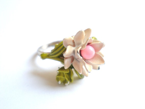 Vintage Ring, Flower, Enamel