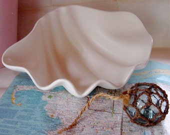 Large Hand Painted Glass Clam Display Dish
