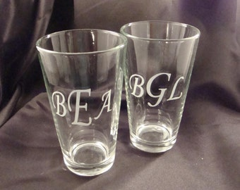 Set of 6 Etched Monogramed Pint Glasses