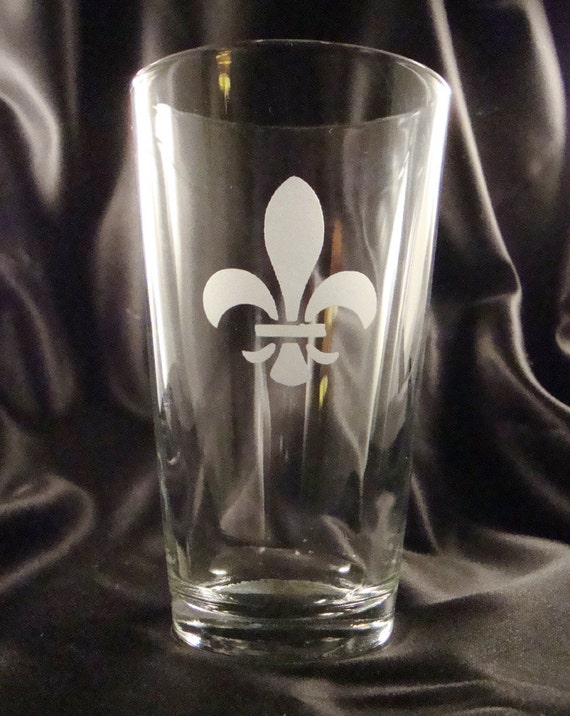 Etched Pint Glasses, Set of 4. Mix or match, You Choose Your Design