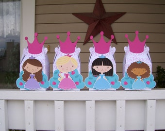 Princess Gable Favor Boxes with Tiara  Set of 12
