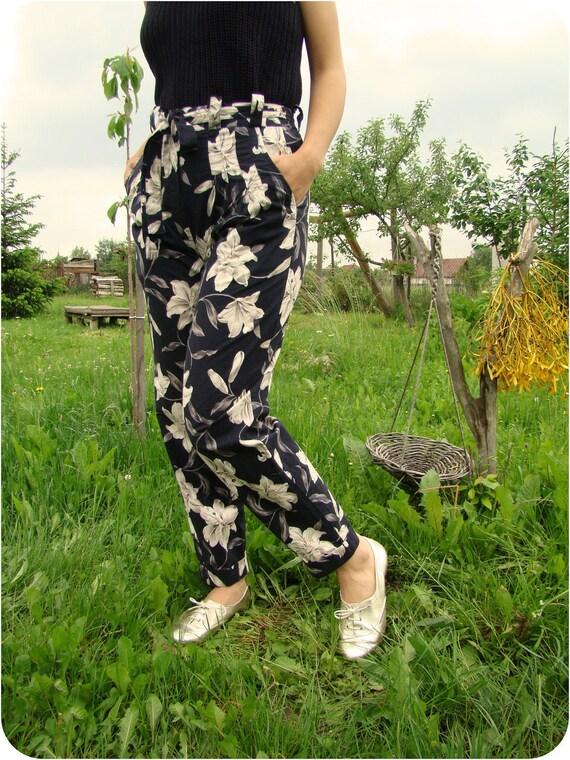 VTG 80's Lily Floral Print Summer Pants