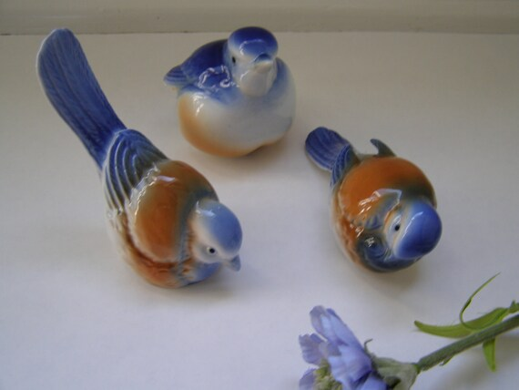 Vintage Bird Figurines / Ceramic Porcelain / Set of Three