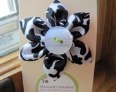 Black & White Brocade Kanzashi Flower Clip