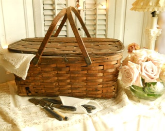 Antique 1900's Wood Picnic Basket Wooden Slats Hardwood Handle Working Antique Hardware Home Decor ShabbyChic Farmhouse Cottage Paris Apt