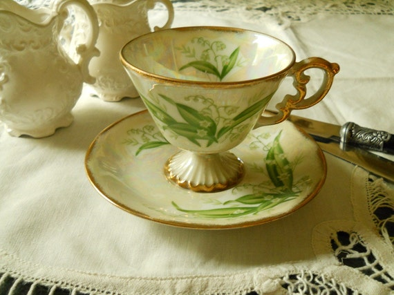 Lily Of The Valley May 1920's Tea Cup Pedistal Foot Porcelain Lustre