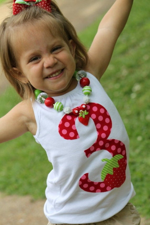 Strawberry Shirt and hair bow set -- Strawberry Shortcake -- red and hot pink number with hand cut strawberry