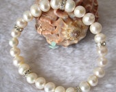 Wedding Bracelet - 8 inches 8-9mm  AA White Freshwater Pearl Bracelet - Free shipping