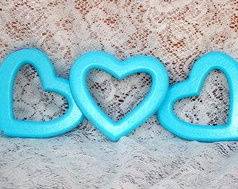 Romantic set of three wooden hearts aqua over red country chic distressed