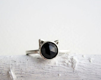 Black Cat Ring, Black Spinel and Sterling Silver, Cat Fine Jewelry,MADE TO ORDER