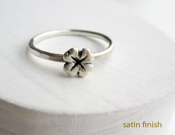 Lucky Clover Silver Ring, Clover Ring, Simple Dainty Ring