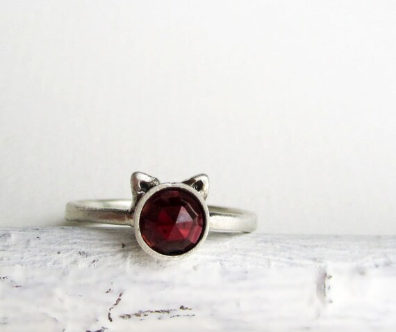 Red Cat Ring, Garnet and Sterling Silver Ring