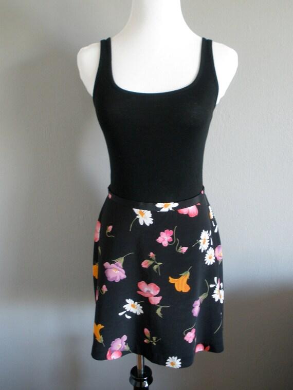 VTG 90s High Waisted Floral Mini Skirt