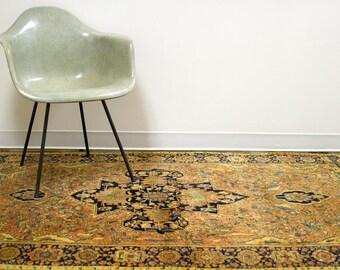DISCOUNTED 4x7 Antique Farahan Sarouk Persian Rug