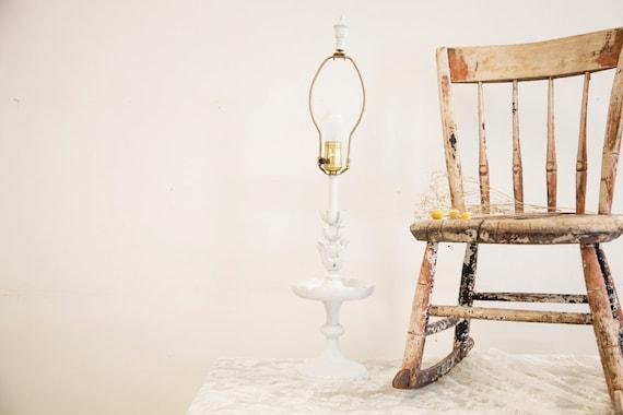 Shabby Chic White Cambridge Table Lamp