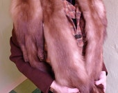 Lovely and Soft 1940s Whole Mink Pelts Stole with Corde Closure