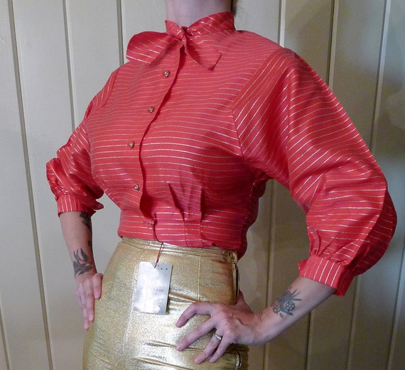 SALE--Amazing 1950s Deadstock Pink and Gold Lurex Blouse Top Shirt--M