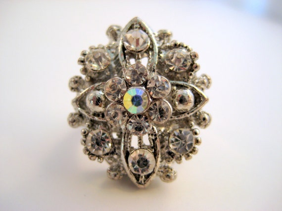 Vintage Rhinestone Cocktail Ring Size 7.5