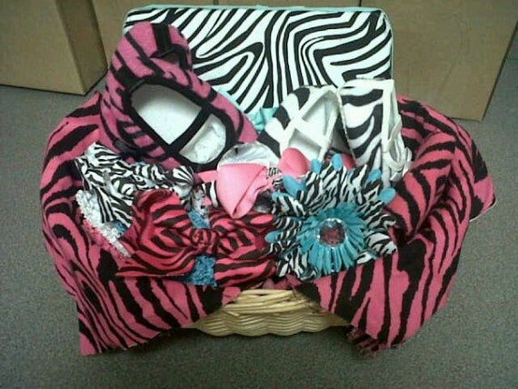 Baby Gift Basket Etsy : Items similar to baby shower gift basket on etsy