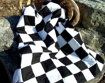 Black and White Queen Size Quilt
