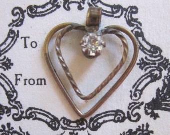 Wonderful Shabby Chic Delicate Rhinestone Heart