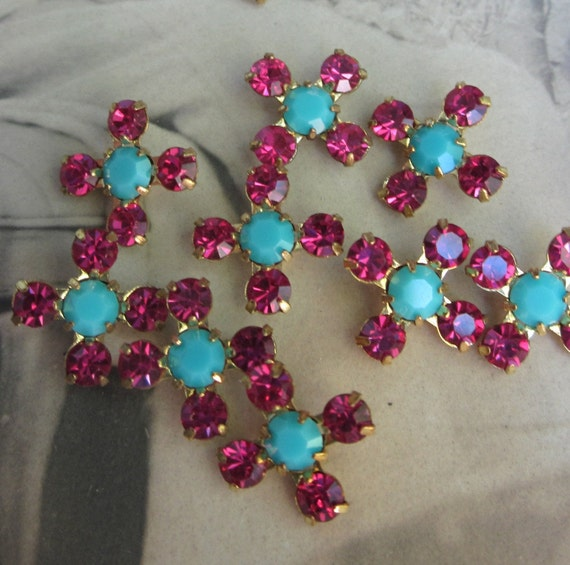 Vintage Tiny Fuchsia And Turquoise Crystal Flower Beads