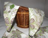 Cloth Napkins. Set of 4. 14X14 inches. Green & Brown Zebra Pattern.