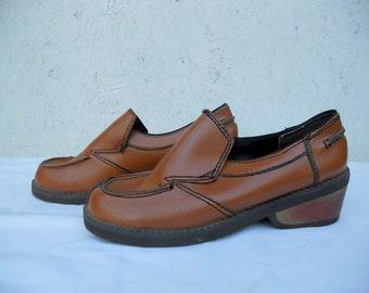 SALE 70s Loafers / MOD Funky Slip Ons 7B