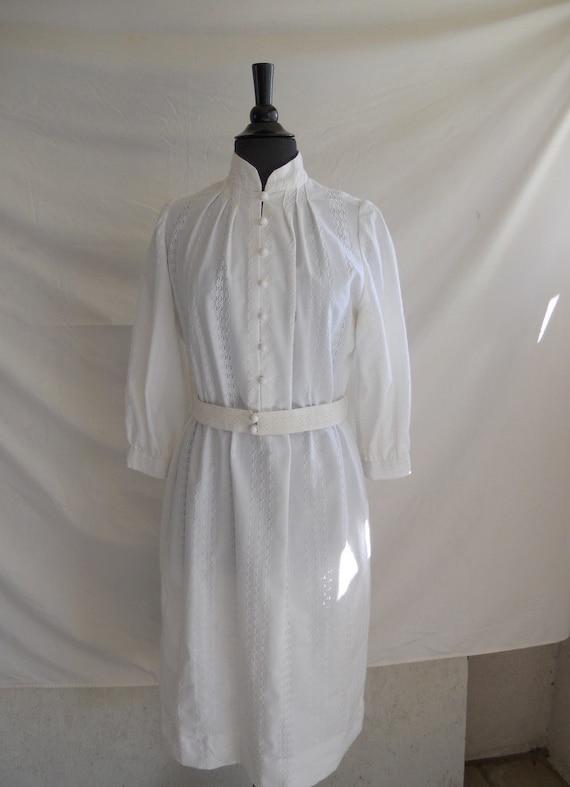70s White Lace Dress . 1970s Summer Dress