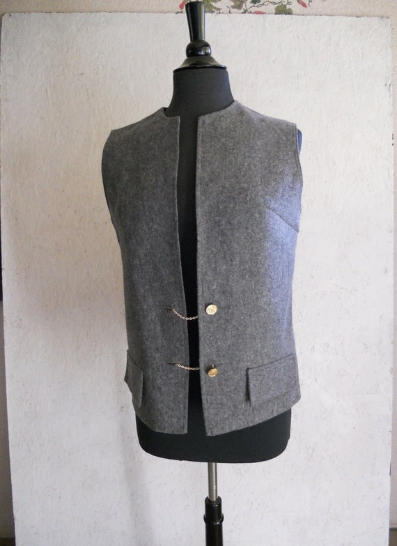 CLEARANCE 70s Wool Vest w/Chains . Steampunk . Glentex M,L