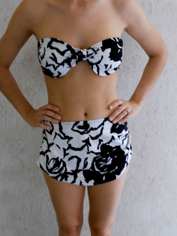 70s Bikini Swimsuit // Black and White Sandcastle Two Piece S, M