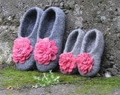 Mother and Daughter Gray Felted slippers - Pink dreams . Family set (2 pairs). Made to order. Eco friendly.