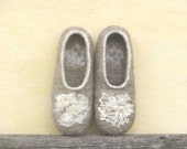 Women's felted slippers - Eco friendly - beige slippers for women and girls. 7.5 - 8 size US, 38 EU - Ready to ship.