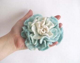 Mint/blue Felted flower brooch